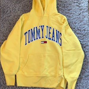 SMALL TOMMY HILFIGER HOODIE